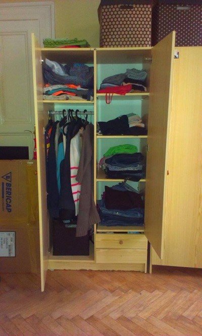 Dvě šatní skříně