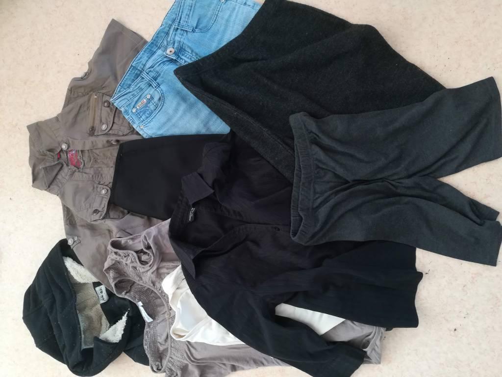 Daruji za odvoz dámské oblečení  4d3e247197