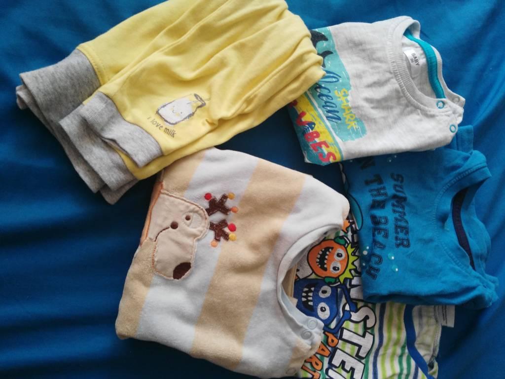 Daruji za odvoz mic oblečení na kluka 86 92  c856437d26