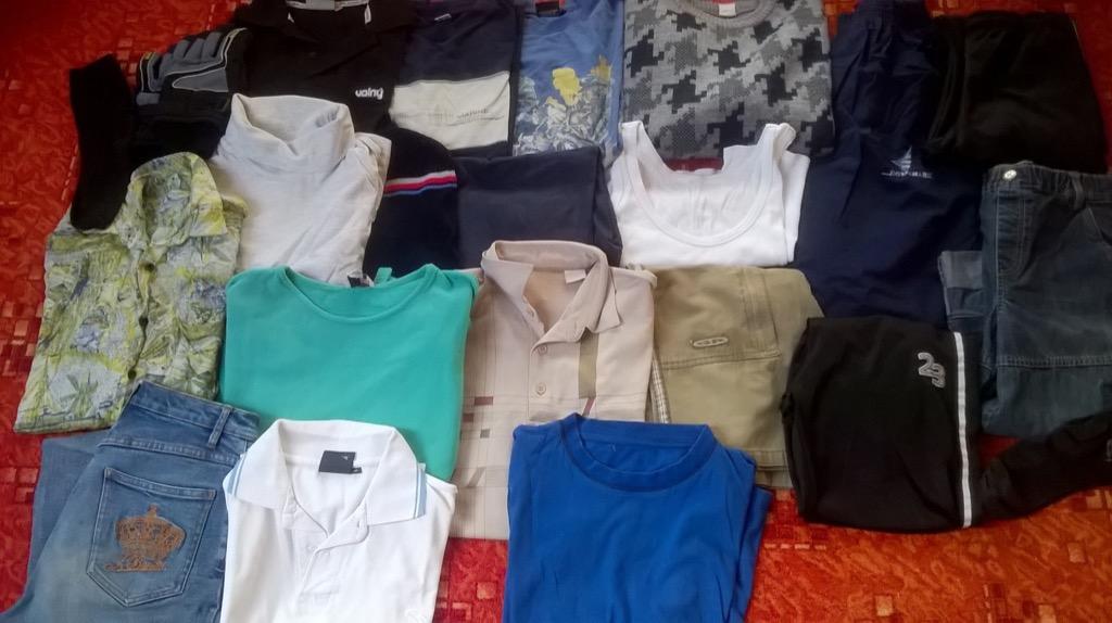 Daruji za odvoz set oblečení na kluka vel.140-170 na donošení ... 01c88f3659