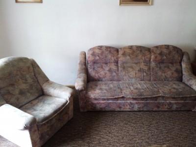 Rozkládací gauč s úložným prostorem+křeslo | VšezaOdvoz ...