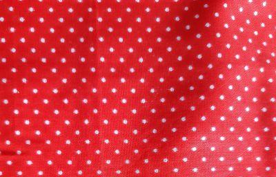 Latka cerveny puntik