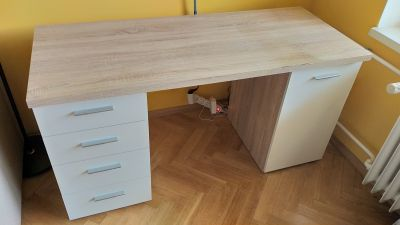 pracovní stůl 145*60cm