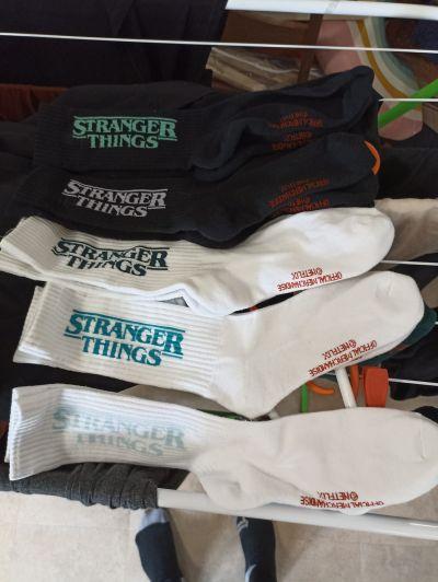 5x úplně nové ponožky Stranger things