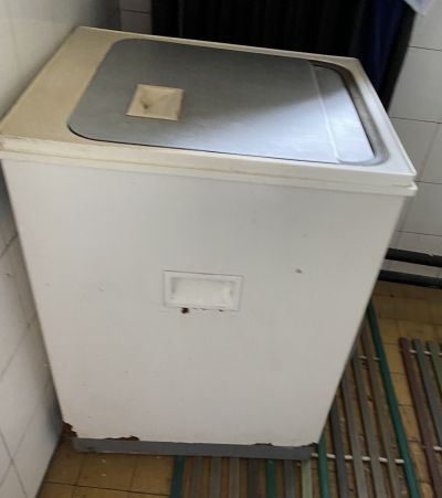 Daruji za odvoz starší pračku