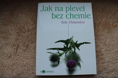 Kniha Jak na plevel bez chemie