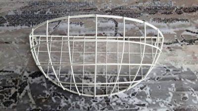 Kovová polička