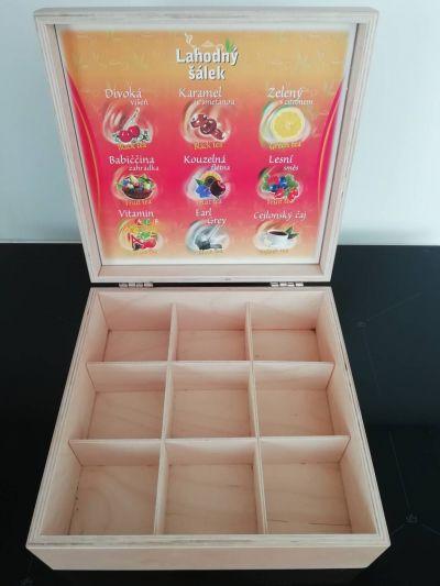 Dřevěná krabice od čaje