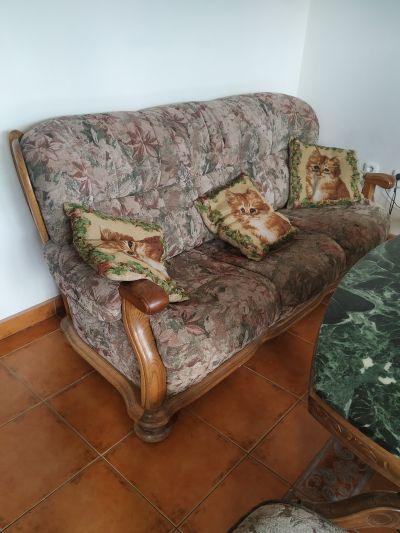 Rustikální sedací souprava a konferenční stůl