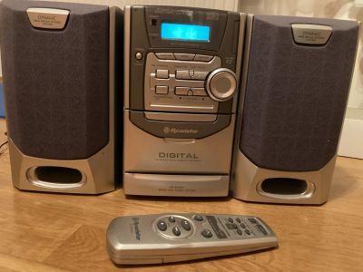 CD přehrávač multifunkční