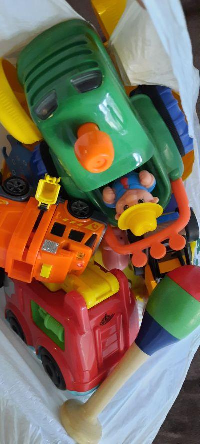 Hračky pro batole 1+