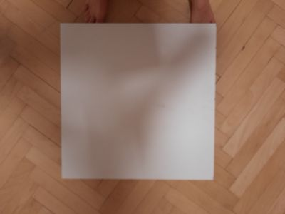 Daruji bilou deskubz drevotrisky 57 x 57 x 1,5 cm
