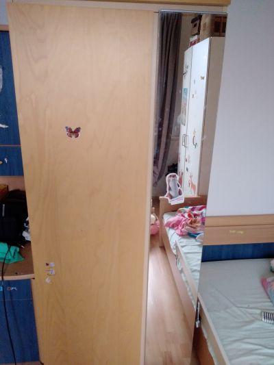 šatní skříň se zrcadlem, demontovaná