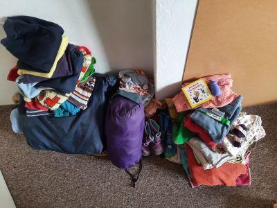 Oblečení a další věci pro dítě 1-2 roky