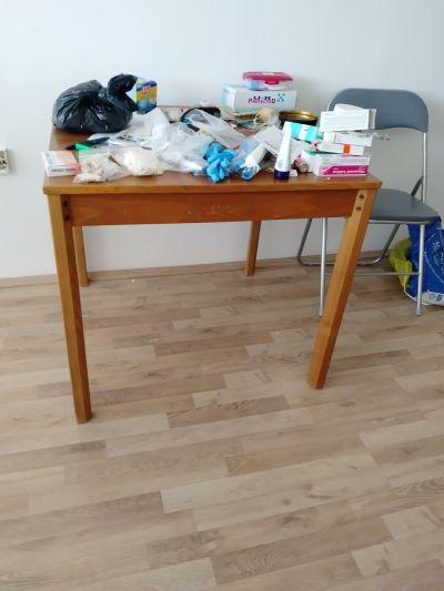Další nabytek- stůl, stolek, skříňka pod televizi