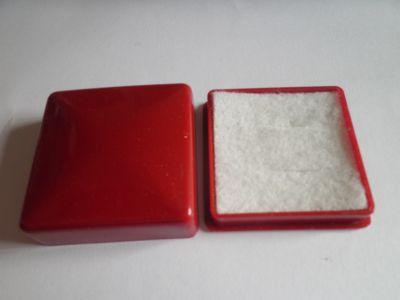 Krabička na šperk červená