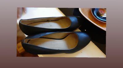 Boty na podpatku 42