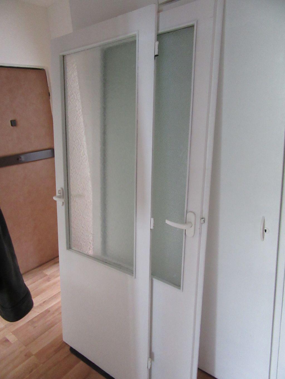 Panelákové dveře za odvoz