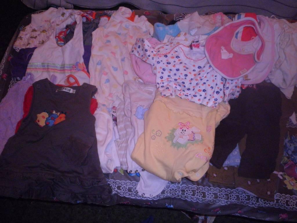 Daruji za odvoz oblečení na miminko  a65da3ff0c