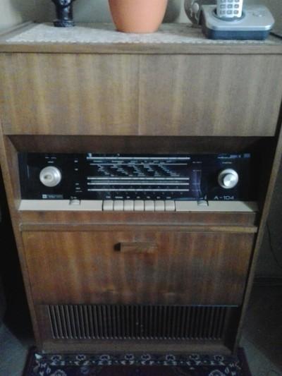 radiogramofon Rasprom A-104