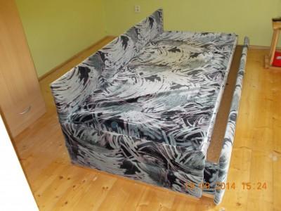 Rozkládací postel (gauč)